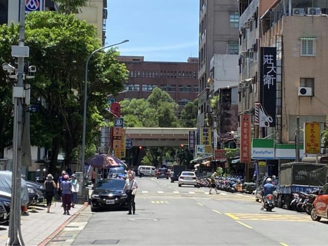 成功國宅郵局旁店面-A案,台北市大安區四維路