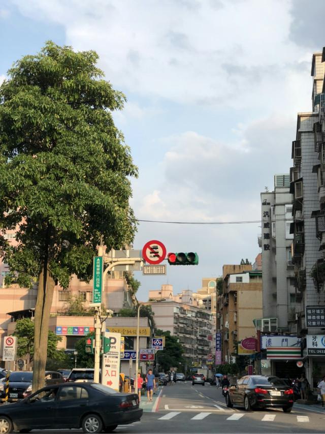 內湖精緻店面A+,台北市內湖區民權東路六段